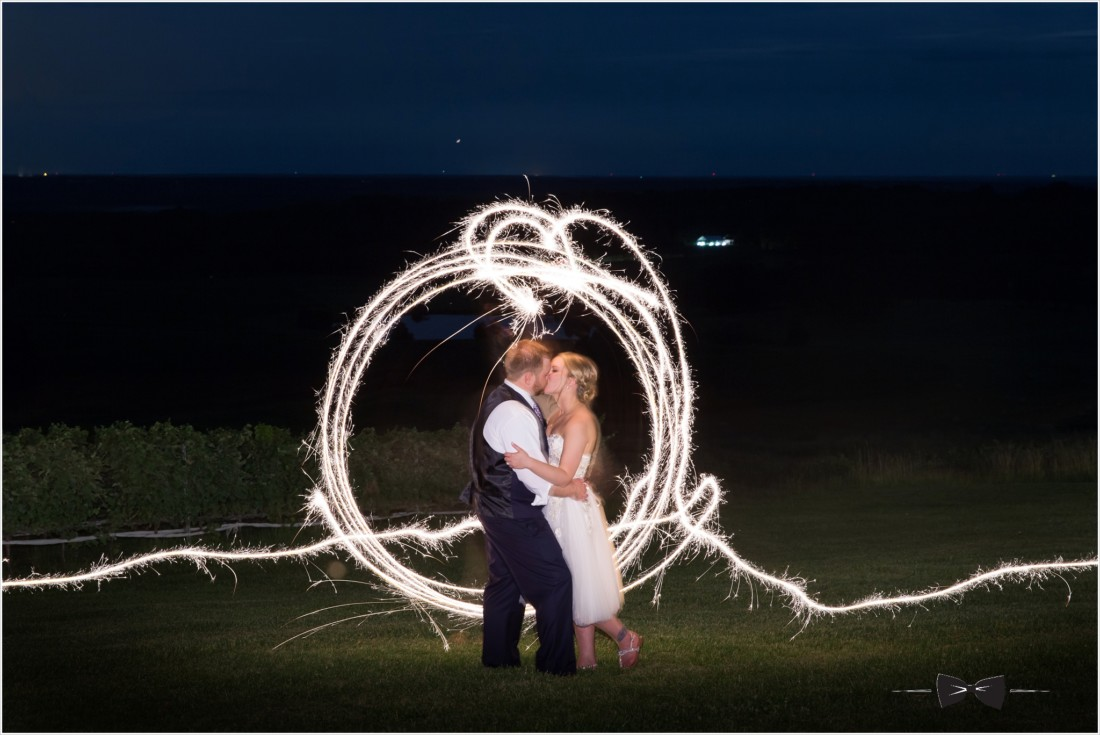 Trump winery wedding sparkler photos